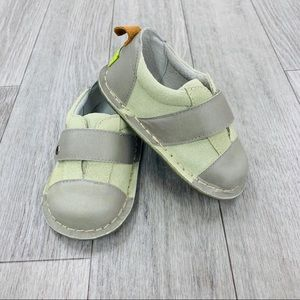 PIPIT suede Jack stone sage walker shoes